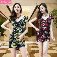 Dress Summer of 2018 S M L XL XXL Short skirt singleton  Short sleeve commute V-neck middle-waisted Decor Socket One pace skirt routine Others 18-24 years old Type H Language contract Korean version fold 81% (inclusive) - 90% (inclusive) other polyester fiber Polyester 90% other 10%