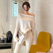 T-shirt Milky white, grey Average size Winter 2020 Long sleeves One word collar Straight cylinder Regular routine commute polyester fiber 86% (inclusive) -95% (inclusive) 25-29 years old Solid color