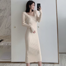 Dress Winter 2020 Apricot, black Average size longuette singleton  Long sleeves commute V-neck High waist Solid color Socket Pencil skirt routine Others Type H Other / other Korean version Qv86G 71% (inclusive) - 80% (inclusive)