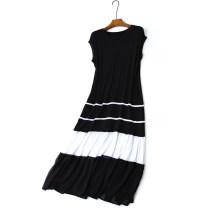 Dress Autumn of 2019 black Average size longuette singleton  Sleeveless commute Crew neck High waist Solid color Socket Big swing 30-34 years old Type H Simplicity modal