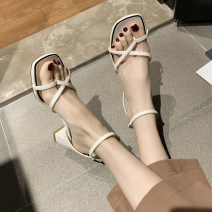 Sandals 35 36 37 38 39 Beige brown nude PU Chrysanthemum bath Barefoot Thick heel High heel (5-8cm) Spring 2021 Flat buckle Korean version Solid color Adhesive shoes Youth (18-40 years old) rubber daily Back space Thick heel Low Gang PU PU Roman shoes Shaving Pure e-commerce (online only)