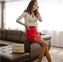 skirt Summer of 2018 XS S M L XL Red and black Short skirt commute Natural waist skirt Solid color Type A 25-29 years old Looking forward to the princess Ol style Pure e-commerce (online only)