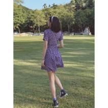 Dress Summer 2021 violet S,M,L Short skirt singleton  Short sleeve commute V-neck High waist Broken flowers zipper A-line skirt other Others 18-24 years old Type A Wangnansheng Retro