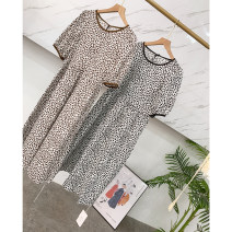 Dress 30% and below other other Summer 2021 Medium length skirt singleton  Short sleeve commute Crew neck Dot routine Condom 18-24 years old Loose waist A-line skirt XH813468 Other M,L