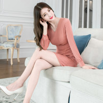 Dress Winter of 2019 Orange pink S M L XL Middle-skirt singleton  Long sleeves commute V-neck High waist Solid color zipper One pace skirt routine 25-29 years old Zhiyu Ol style More than 95% polyester fiber Polyester 95% polyurethane elastic fiber (spandex) 5% Pure e-commerce (online only)