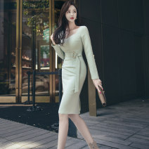 Dress Autumn 2020 Light green S M L XL Middle-skirt Long sleeves commute square neck High waist Solid color zipper One pace skirt routine 25-29 years old Zhiyu Korean version Frenulum More than 95% polyester fiber Polyester 95% polyurethane elastic fiber (spandex) 5% Pure e-commerce (online only)