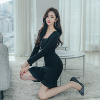 Dress Autumn 2020 black S M L XL Middle-skirt singleton  commute square neck High waist Solid color zipper One pace skirt routine 25-29 years old Zhiyu Korean version Ruffle button More than 95% polyester fiber Polyester 95% polyurethane elastic fiber (spandex) 5% Pure e-commerce (online only)