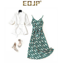 Dress Summer 2021 green S M L longuette singleton  Sleeveless commute V-neck High waist Decor Socket A-line skirt routine camisole 25-29 years old Type A eojp printing XY21041204 31% (inclusive) - 50% (inclusive) Chiffon Cellulose acetate Acetate 50% polyester 50% Pure e-commerce (online only)