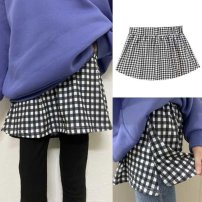 Casual pants Skirt black and white plaid skirt, skirt pure white version, skirt hole skirt, plaid plus 27 (two pieces), plaid plus 28 (two pieces), plaid plus 230 (two pieces), plaid plus 231 (two pieces), plaid plus 235 (two pieces), color Ao The average size is recommended to be within 80-150 Jin
