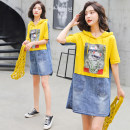 Dress Summer of 2019 Yellow white S M L XL 2XL 3XL Middle-skirt singleton  Short sleeve commute Hood Loose waist Animal design Socket A-line skirt routine Others 25-29 years old Type A Caiweiting Korean version Asymmetric old print with pocket stitching More than 95% Denim other Other 100%
