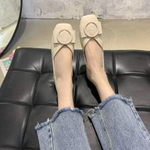 Low top shoes 35,36,37,38,39,40 Other / other Black, off white, green Square head PU Flat bottom Flat heel (1cm or less) Shallow mouth PU Summer 2021 Trochanter Simplicity Youth (18-40 years old) Color matching rubber Single shoes PU Face dressing
