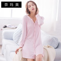 Nightdress Namao XXL L M XXXL XL Simplicity Long sleeves Leisure home Middle-skirt summer Solid color V-neck cotton More than 95% Knitted cotton fabric C904 Autumn of 2018 Cotton 100.00% Pure e-commerce (online only) Cotton 100.00%