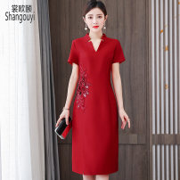 Dress Summer 2021 gules L XL 2XL 3XL 4XL 5XL Mid length dress singleton  Short sleeve commute V-neck High waist Solid color zipper A-line skirt routine Others 40-49 years old Type A European clothes Korean version Embroidery NRJ-2F-E253B-9258 More than 95% other other Other 100%