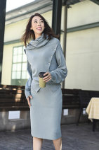 Wool knitwear Autumn 2020 Average size Haimo blue cashmere sweater (scheduled for 20 days), Haimo blue split skirt, taupe cashmere sweater, taupe split skirt Long sleeves Two piece set Socket Cashmere More than 95% Regular thick commute easy Scarf Collar routine Solid color Socket literature SY20-114