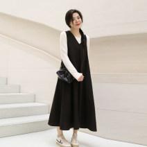 Dress Spring 2021 Black, black batch 2 Adult 155cm (s), adult 160cm (m), adult 165cm (L), adult 170cm (XL) Mid length dress Sleeveless commute V-neck Solid color Socket Wheat & Potter Simplicity