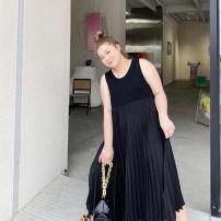 Women's large Summer 2021 black Big size average Dress singleton  commute moderate Socket Sleeveless Solid color Korean version Crew neck Polyester, cotton Xin Cun Zhen 25-29 years old Medium length