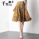 skirt Summer 2020 Middle-skirt commute High waist A-line skirt Decor Type A 40-49 years old 91% (inclusive) - 95% (inclusive) Chiffon polyester fiber Print, lace Korean version