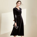 Dress Autumn 2020 black S,M,L,XL,2XL,3XL longuette singleton  Long sleeves commute V-neck High waist Solid color zipper Big swing routine Others 30-34 years old Type A Meng Meiyi Retro zipper 81% (inclusive) - 90% (inclusive) other other