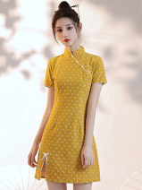 cheongsam Summer 2021 S,M,L,XL Yellow background decor Short sleeve long cheongsam literature Low slit daily Oblique lapel Decor 18-25 years old Piping 51% (inclusive) - 70% (inclusive)