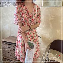 Dress Summer 2020 Floral skirt S,M,L Short skirt singleton  Short sleeve commute V-neck Broken flowers 18-24 years old Korean version 9052#