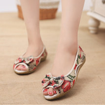 Sandals 35 36 37 38 39 40 Red purple blue black Weifan cloth Fish mouth Slope heel Low heel (1-3cm) Summer of 2018 Trochanter ethnic style Plants and flowers Adhesive shoes Youth (18-40 years old) middle age (40-60 years old) TPR (tendon) daily Bag heel Hollow flower slope heel Low Gang Lateral space