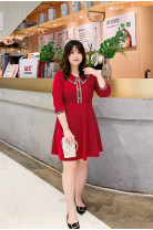 Women's large Spring 2021, summer 2021 Black, red Dress singleton  commute Straight cylinder moderate Socket three quarter sleeve Solid color Korean version Crew neck Polyester, acetate fiber bishop sleeve 25-29 years old Button 91% (inclusive) - 95% (inclusive) Short skirt other