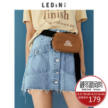 skirt Autumn of 2018 155/S160/M165/L Blue is expected on August 9 Short skirt Natural waist A-line skirt 18-24 years old CWGE83216 Denim Leting Cotton 100% Same model in shopping mall (sold online and offline)