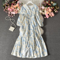 Dress Summer 2020 Blue flowers on a white background Average size longuette singleton  Long sleeves commute V-neck High waist Decor Socket A-line skirt routine Others 18-24 years old Type A Korean version printing Qiner-9543v neckline dress 30% and below other polyester fiber