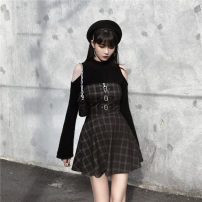 Dress Winter of 2019 Black gray grid, the first batch of black gray grid XS,S,M,L