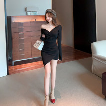 Dress Spring 2021 black S,M,L Short skirt singleton  Long sleeves commute V-neck High waist Solid color Socket One pace skirt routine Others 18-24 years old T-type Korean version Fold, splice 30% and below brocade cotton