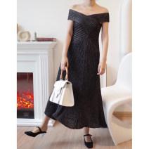 Dress Spring of 2019 Black scallion S, M
