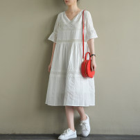 Dress Summer of 2019 white M, L longuette singleton  Short sleeve commute V-neck Loose waist Solid color Socket routine Others Type A Natural products literature More than 95% cotton