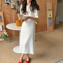 skirt Summer 2021 Average size Orange, dark blue, white, pink, green Mid length dress commute High waist A-line skirt 18-24 years old 51% (inclusive) - 70% (inclusive) Korean version