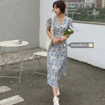 Dress Summer 2021 Picture color Average size longuette singleton  Short sleeve commute V-neck High waist Broken flowers Socket A-line skirt routine Others 18-24 years old Type A Korean version 51% (inclusive) - 70% (inclusive) other cotton