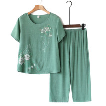 Middle aged and old women's wear Summer 2020 Home suit easy Two piece set Retro Design 50-59 years old Socket thin Crew neck have cash less than that is registered in the accounts routine Cropped Trousers