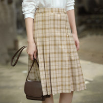 skirt Autumn 2020 S,M,L Brown check Mid length dress Natural waist Pleated skirt lattice Type A 25-29 years old 71% (inclusive) - 80% (inclusive) other What you look like in the past and this life polyester fiber
