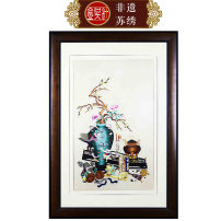 Suzhou embroidery Yellow background - 30x50cm; framed - 55x76cm; yellow background - 50x80cm; framed - 76x110cm; black background - 45x80; framed - 70x106cm Classical in Ming and Qing Dynasties Flat needle embroidery Art decoration Golden needle Bafu bottle 80018