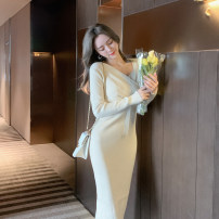 Dress Autumn 2020 Black, apricot, khaki S,M,L Mid length dress singleton  Long sleeves commute V-neck High waist Solid color Socket One pace skirt routine 25-29 years old Type A Fawn wants to fly Korean version M20C5755 31% (inclusive) - 50% (inclusive) knitting nylon