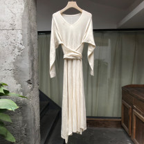 Dress Spring 2021 Off white Average size longuette singleton  Long sleeves commute V-neck High waist Solid color Socket A-line skirt routine 25-29 years old Type A Jn / JW / in and out of bounds Frenulum MS523 More than 95% knitting other Other 100%