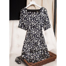 Dress Spring 2021 Small daisy Satin square collar with black background 160/84B(M),165/88B(L),170/92B(XL) Mid length dress singleton  elbow sleeve commute square neck middle-waisted Type H Pu Xu Retro A0320 More than 95% silk