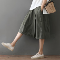 Casual pants Army green, khaki, black Average size Summer of 2019 Pant Wide leg pants low-waisted Versatile routine 25-29 years old 51% (inclusive) - 70% (inclusive) Other / other other fold