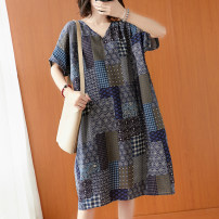 Women's large Summer 2020 Graph color One size fits all Dress singleton  commute easy moderate Socket Short sleeve lattice ethnic style V-neck cotton printing and dyeing routine 18-24 years old pocket 71% (inclusive) - 80% (inclusive) Medium length other Cotton 71% - 80%