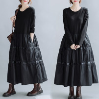 Dress Autumn 2020 black Average size [100-170 kg] longuette singleton  Long sleeves commute Crew neck Loose waist Solid color Socket A-line skirt routine Others 25-29 years old Type A literature Splicing 51% (inclusive) - 70% (inclusive) cotton