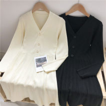 Dress Autumn 2020 Apricot, black Average size Middle-skirt singleton  Long sleeves commute V-neck High waist Solid color Single breasted Pleated skirt routine 18-24 years old Type A Korean version Pleats, buttons More than 95% knitting