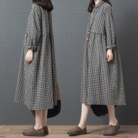 Dress Autumn of 2019 Black and white M,L,XL,2XL longuette singleton  Long sleeves commute Polo collar Loose waist lattice Single breasted routine Others 25-29 years old Type A Retro 51% (inclusive) - 70% (inclusive) cotton