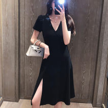 Women's large Summer 2021 black M [recommended 80-100 kg], l [recommended 100-115 kg], XL [recommended 115-130 kg], 2XL [recommended 130-150 kg], 3XL [recommended 150-170 kg], 4XL [recommended 170-200 kg] Dress singleton  commute easy thin Socket Short sleeve Solid color Korean version V-neck other