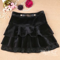 skirt Winter 2020 M (27) for waistline 2-2-1, l (28) for waistline 2-2-2-3, XL (29) for waistline 2-3-2-4, XXL (30) for waistline 2-4-2-5 black Short skirt Versatile High waist Fluffy skirt Solid color Type A 71% (inclusive) - 80% (inclusive) other cotton Ruffles, stitches, lace