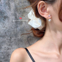 Earrings Alloy / silver / gold 10-19.99 yuan brand new female Japan and South Korea goods in stock Fresh out of the oven Alloy inlaid artificial gem / semi gem other