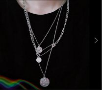Necklace Natural zircon 51-100 yuan Other / other brand new Europe and America lovers goods in stock yes Online gathering features 51cm (inclusive) - 80cm (inclusive) yes Below 10 cm alloy Cross / crown / Roman numerals Water wave chain