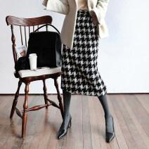 skirt Winter 2020 S,M,L,XL,2XL Add cashmere and thick winter skirt, add regular autumn and winter style Mid length dress Retro High waist High waist skirt houndstooth  Type H 31% (inclusive) - 50% (inclusive) Wool chujumm other 401g / m ^ 2 (inclusive) - 500g / m ^ 2 (inclusive)